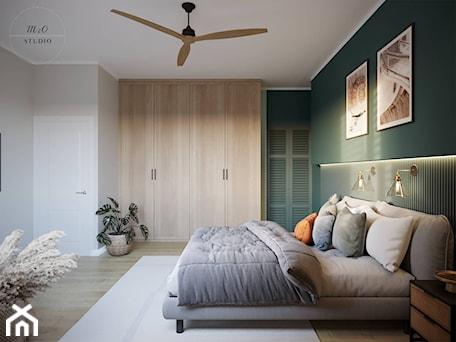 Aranżacje wnętrz - Sypialnia: Sypialnia w kolorze secret garden - m2o studio. Przeglądaj, dodawaj i zapisuj najlepsze zdjęcia, pomysły i inspiracje designerskie. W bazie mamy już prawie milion fotografii!