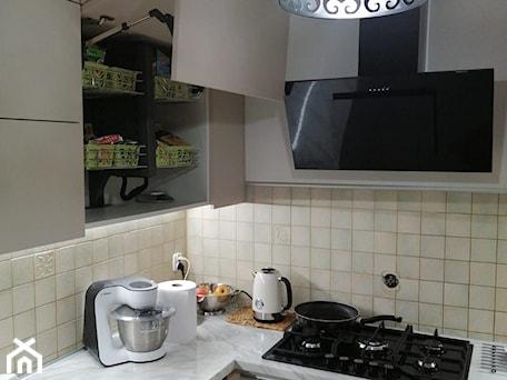 Aranżacje wnętrz - Kuchnia: Kuchnia po metamorfozie - prokop_house. Przeglądaj, dodawaj i zapisuj najlepsze zdjęcia, pomysły i inspiracje designerskie. W bazie mamy już prawie milion fotografii!