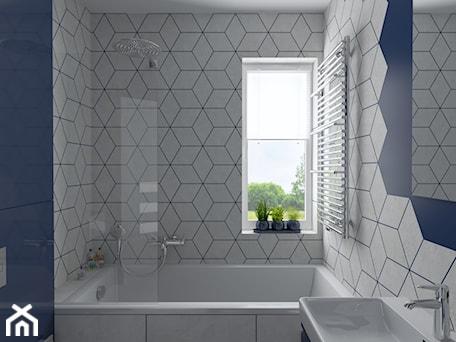 Aranżacje wnętrz - Łazienka: Trzy kolory łazienki - Niebieska - dekoton. Przeglądaj, dodawaj i zapisuj najlepsze zdjęcia, pomysły i inspiracje designerskie. W bazie mamy już prawie milion fotografii!