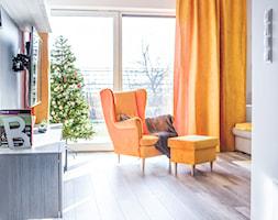 Żółty i szary w salonie - zdjęcie od dekoton - Homebook