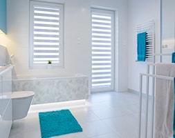 Mała łazienka z ożywczym niebieskim - zdjęcie od dekoton - Homebook