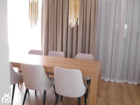 Aranżacje wnętrz - Jadalnia: ciepłe wnętrza - sw design dekoracje okien. Przeglądaj, dodawaj i zapisuj najlepsze zdjęcia, pomysły i inspiracje designerskie. W bazie mamy już prawie milion fotografii!