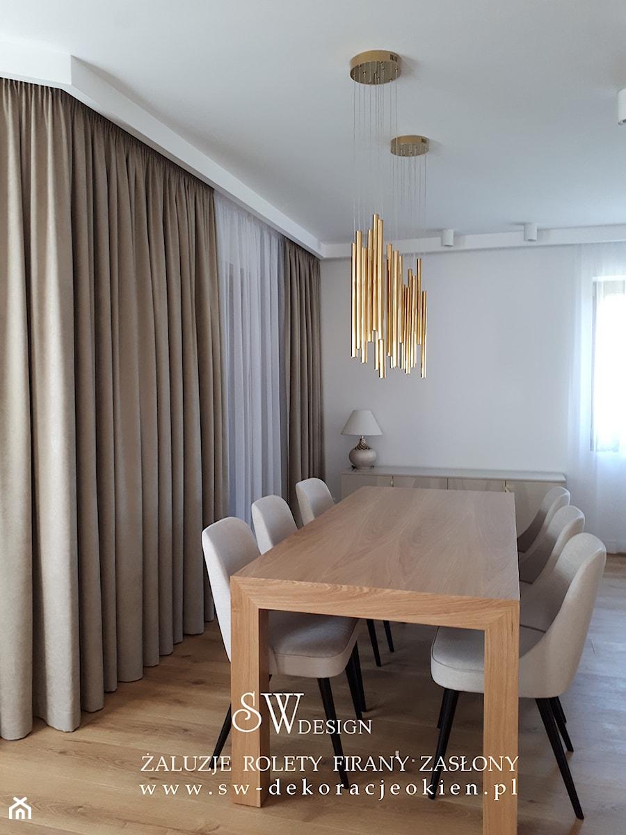 złote lampy i zasłony - zdjęcie od sw design dekoracje okien