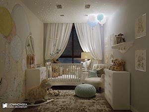 pokój dziecka, małego, przytulny, ciepły, białe meble, chłopiec, dziewczynka, balony, misie - zdjęcie od Ludwinowska Studio Architektury