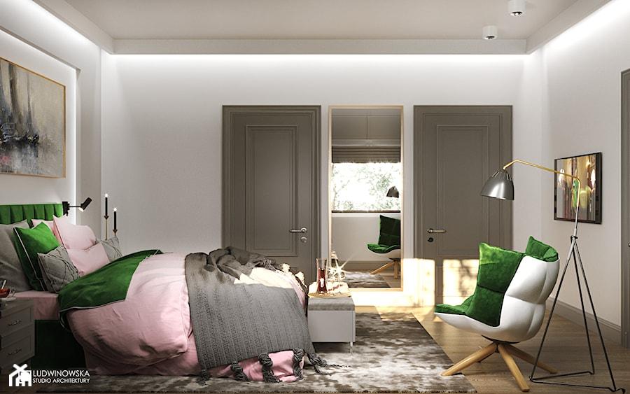 NOCTURNE - Duża szara sypialnia małżeńska, styl eklektyczny - zdjęcie od Ludwinowska Studio Architektury