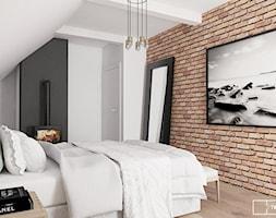 dom pod Warszawą - Średnia biała czarna sypialnia małżeńska na poddaszu, styl nowoczesny - zdjęcie od Twój Kwadrat