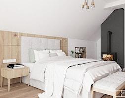 dom pod Warszawą - Średnia biała czarna sypialnia małżeńska na poddaszu, styl rustykalny - zdjęcie od Twój Kwadrat