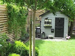 small garden - Średni ogród za domem - zdjęcie od Marzena