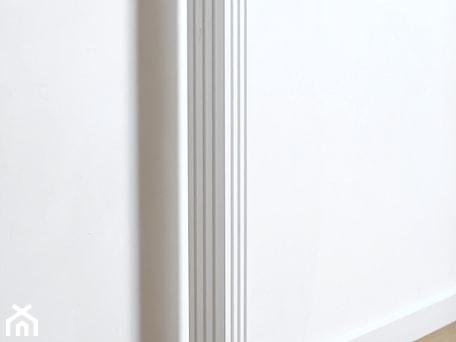 Aranżacje wnętrz - Schody: Balustrada Styl Angielski - Schody, styl klasyczny - Drew-wood. Przeglądaj, dodawaj i zapisuj najlepsze zdjęcia, pomysły i inspiracje designerskie. W bazie mamy już prawie milion fotografii!