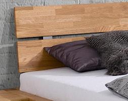 Dębowe łóżko z zagłówkiem Solid - zdjęcie od Soolido - Homebook