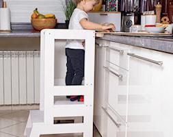 Kitchen helper biały pomocnik kuchenny - zdjęcie od shoperly - Homebook
