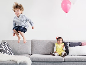 Jak dopasować sofę do stylu życia domowników? Praktyczny poradnik
