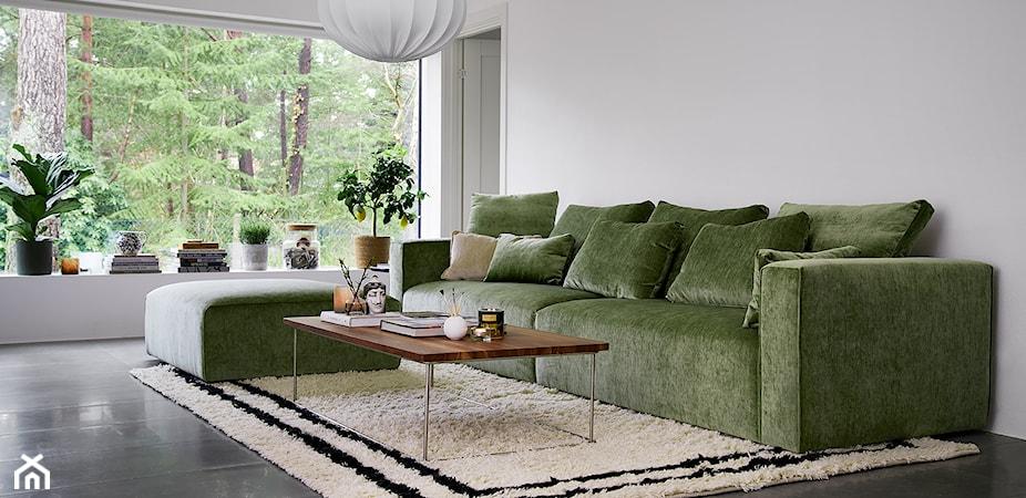 Marzy Ci się sofa w kolorze zieleni? Oto 5 pomysłów na aranżację salonu z zielonymi meblami