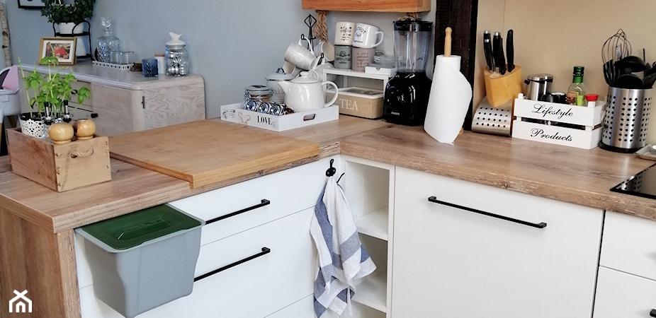 6 sposobów na segregację śmieci w małym mieszkaniu. Ostatnie 2 Cię zaskoczą