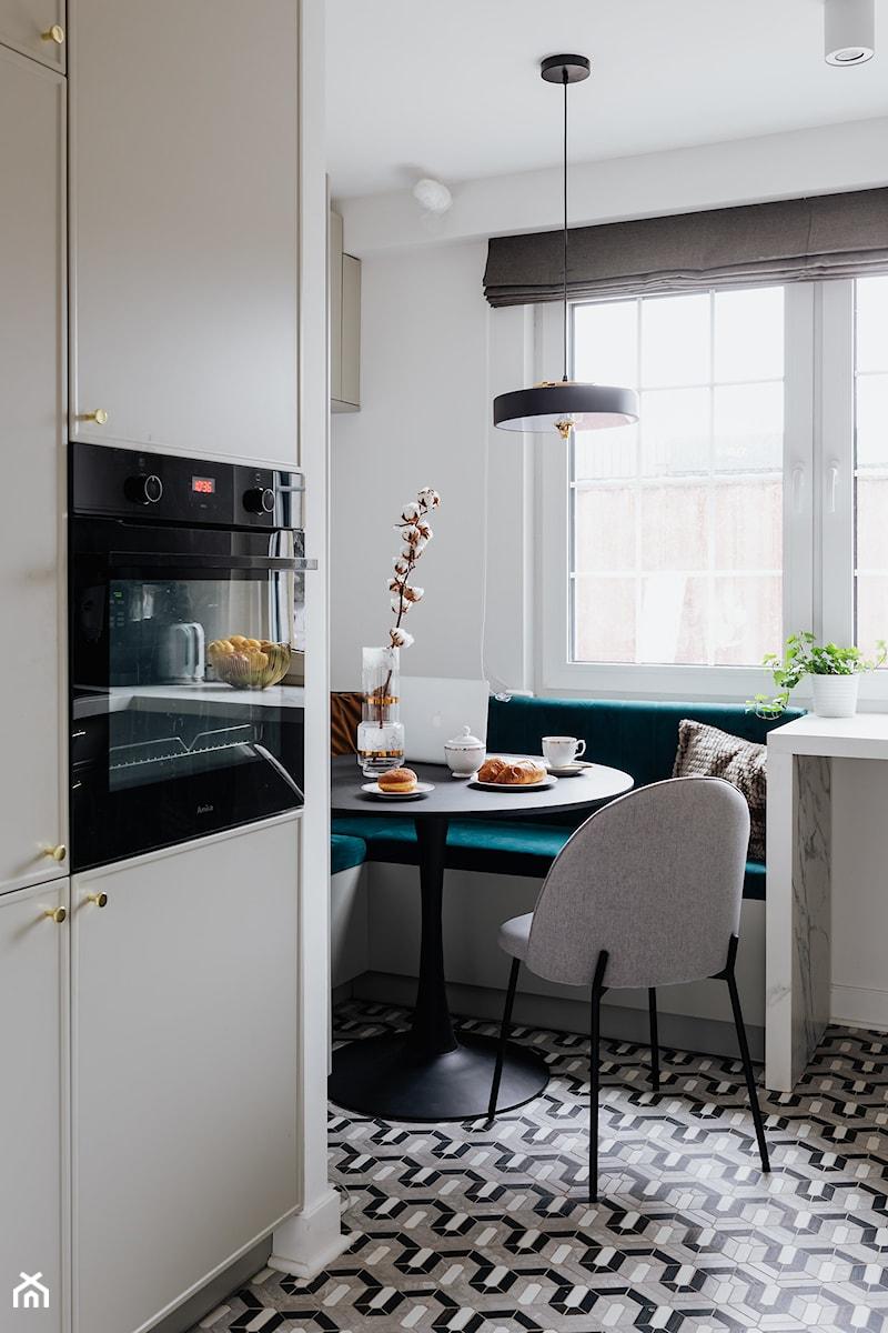 Jak remontować i nie zwariować - Jadalnia, styl nowoczesny - zdjęcie od Interiors design blog