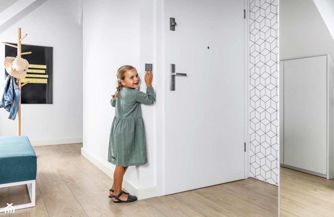 wysokość włączników w pokoju dziecka