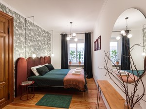 Lustro w sypialni – 5 pomysłów na aranżację sypialni z lustrem