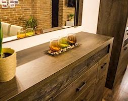 Mała otwarta biała jadalnia w salonie, styl rustykalny - zdjęcie od Artur Brzeczyszczykiewicz