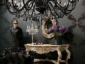 Salon glamour w czerni