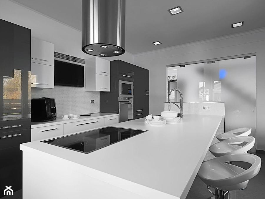 Nowoczesna i elegancka biało czarna kuchnia  zdjęcie od   -> Kuchnia Bialo Czarna Z Barkiem