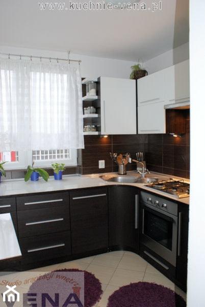 Meble kuchenne Lublin  Vena Mała kuchnia  zdjęcie od Aranżacje wnętrz Lubl   -> Kuchnia Meble Lubin
