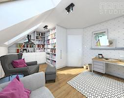 Dom w Olkuszu - Średnie szare białe biuro pracownia na poddaszu w pokoju, styl skandynawski - zdjęcie od nanoSTUDIO