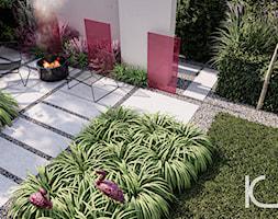 flamingi w różowym ogrodzie - zdjęcie od Kinga Madej architekt krajobrazu - Homebook