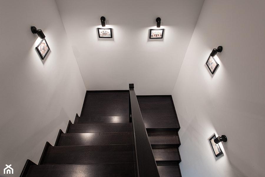 Elmo - Schody, styl nowoczesny - zdjęcie od Niuans projektowanie wnętrz