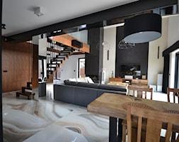 Widok na schody od strony jadalni - zdjęcie od Schodo-System - Homebook