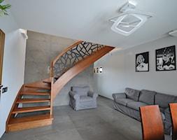 Nowoczesne+schody+policzkowe+-+zdj%C4%99cie+od+Schodo-System