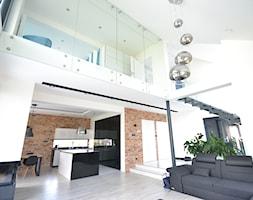 Szklana ściana wykonana przez firmę Schodo-System w domu z charakterem - zdjęcie od Schodo-System - Homebook