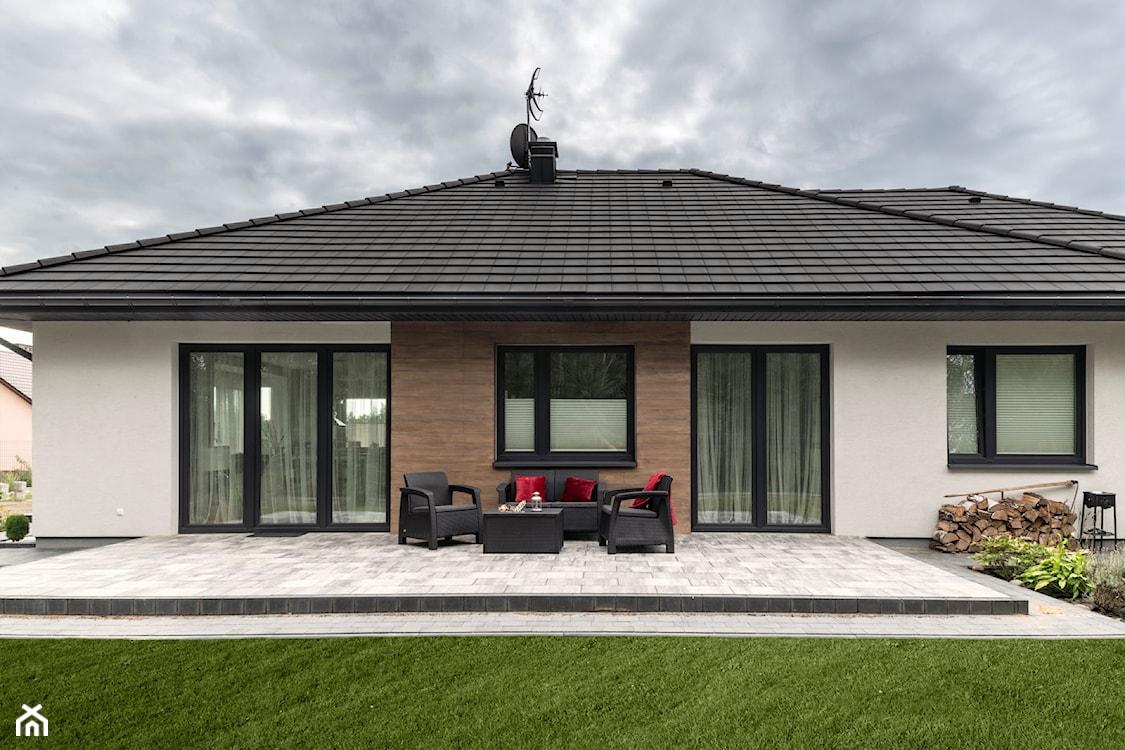 okna aluminiowe, tradycyjny dom jednorodzinny