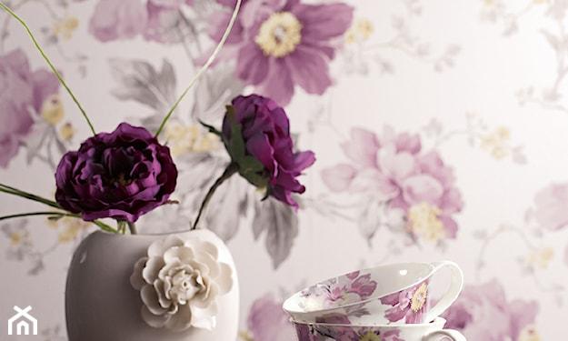 romantyczna fioletowa tapeta w kwiaty