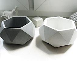 Doniczka z betony architektonicznego - Geometryczna - zdjęcie od Rausch Beton - Homebook