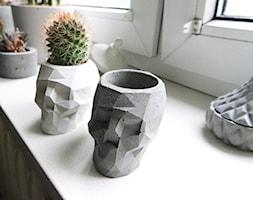 Doniczka z betony architektonicznego - Czaszka - zdjęcie od Rausch Beton - Homebook