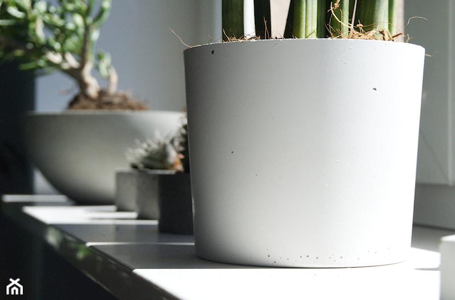"""Doniczka z betonu architektonicznego """"ellie"""" - zdjęcie od Rausch Beton"""