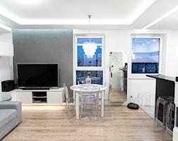 Mieszkanie w stylu glamour w Kaliszu - Salon, styl glamour - zdjęcie od E Home Design - Homebook