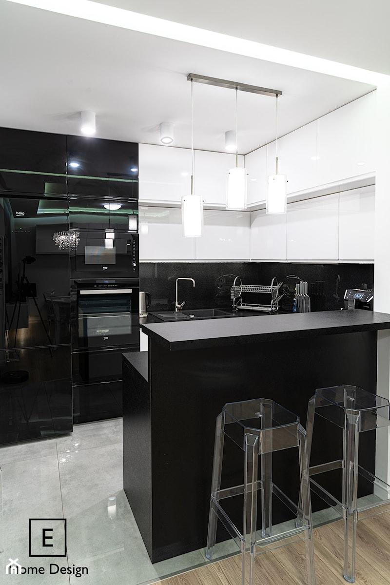 Mieszkanie w stylu glamour w Kaliszu - Kuchnia, styl glamour - zdjęcie od E Home Design