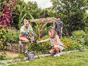 Narzędzia, które ułatwią pielęgnację ogrodu – przegląd nowości i trendów w ogrodnictwie 2021