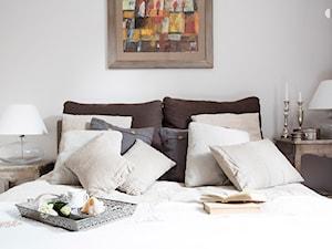 90m, Ochota, Wwa - Mała sypialnia, styl prowansalski - zdjęcie od DZIURDZIAprojekt