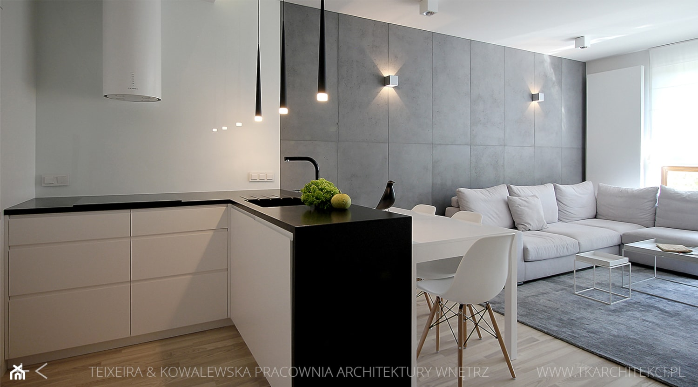 Średni biały salon z kuchnią z jadalnią, styl minimalistyczny - zdjęcie od TK Architekci - Homebook