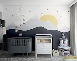 Mieszkanie 101 m2 - Średni biały szary pokój dziecka dla chłopca dla niemowlaka, styl skandynawski - zdjęcie od TK Architekci