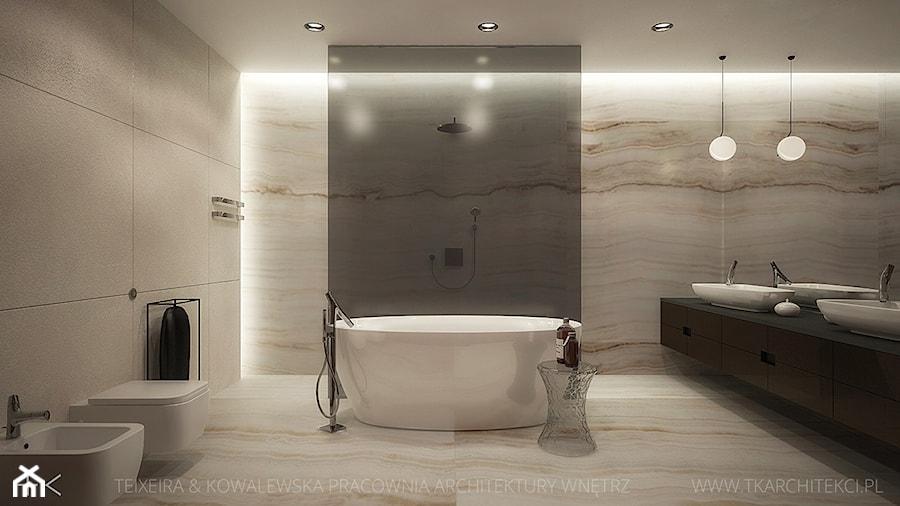dom jednorodzinny - Duża beżowa łazienka jako salon kąpielowy bez okna, styl nowoczesny - zdjęcie od TK Architekci