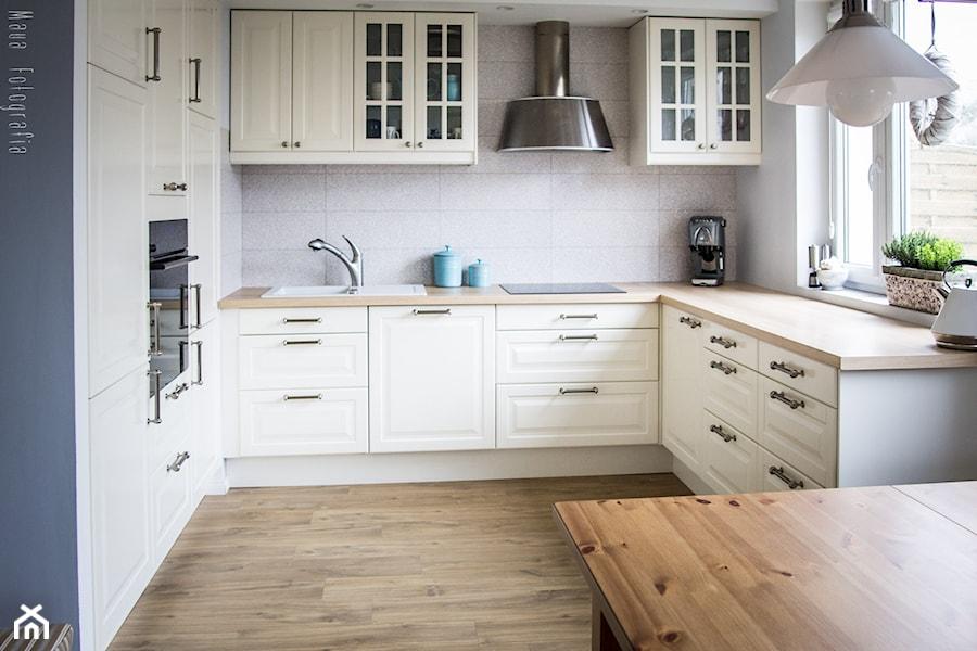 Aranżacja mieszkania 53m2  Średnia otwarta kuchnia w   -> Kuchnia Uchwyty Ikea