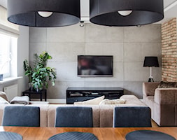 Metamorfoza mieszkania 80m2 - Mały szary biały salon z jadalnią - zdjęcie od Meblościanka Studio