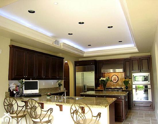 Nowoczesne oświetlenie sufitowe LED  podwieszany sufit   -> Kuchnia Sufit Led