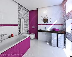 Dom jednorodzinny Łomianki - Średnia biała fioletowa łazienka w bloku w domu jednorodzinnym z oknem, styl glamour - zdjęcie od PURPLE PRACOWNIA