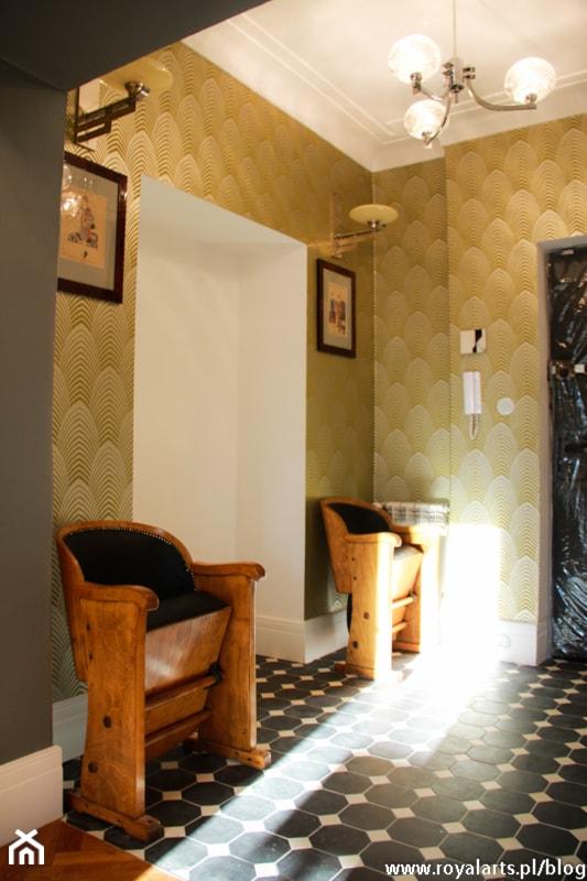 apartament art deco przedmioty i meble z lat 20 30 zdj cie od royal arts urz dzanie wn trz. Black Bedroom Furniture Sets. Home Design Ideas
