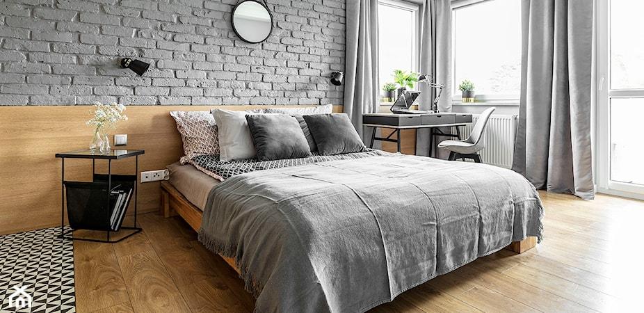 Biurko w sypialni – aranżacje i pomysły na biurko w sypialni