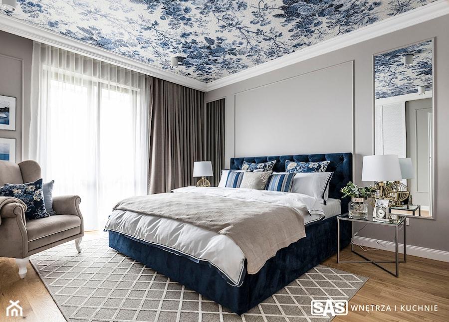 Dom pod Poznaniem - Duża szara sypialnia małżeńska, styl nowojorski - zdjęcie od SAS Wnętrza i Kuchnie